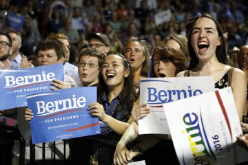 Young-Voters-For-Sanders